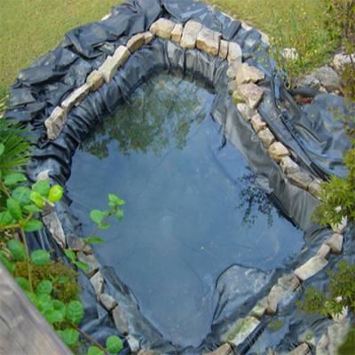 Làm hồ tiểu cảnh bằng màng chống thấm HDPE